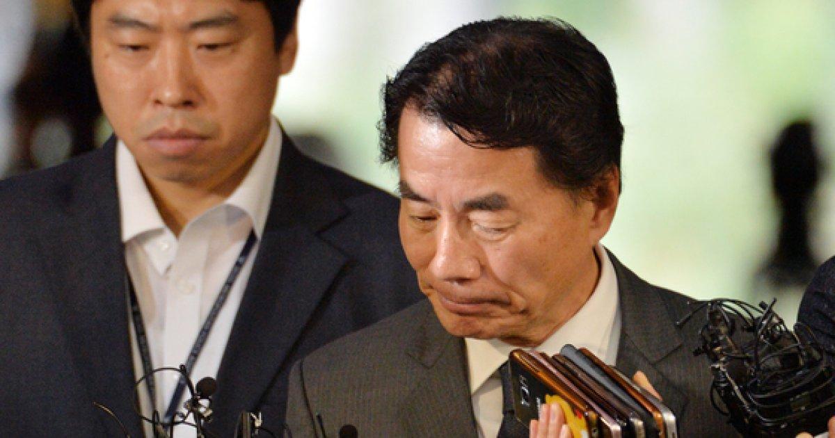 '운전사 갑질' 이장한 종근당회장 불구속 기소
