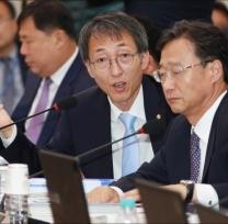 [사진]이훈 '국감자료 불법취득 취급은 매우 유감'