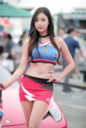 CJ슈퍼레이스 모델 한리나