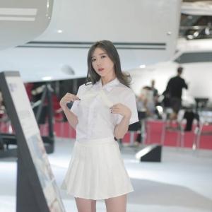 '레이싱모델 송주아' 섹시한 다리라인