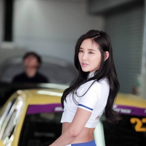 넥센스피드레이싱 모델 천세라 임유라