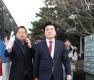 '뇌물혐의' 원유철, 1심서 징역 10월-벌금 90만원