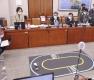 국감장에 등장한 자율주행 로봇