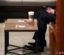 '오늘부터 앉아서 커피 마신다'