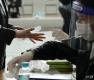 사전투표 첫날, 서울시민들의 선택은?