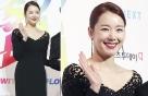 소이현, 앞트임 비즈 드레스로 우아하게…미소 '싱긋'
