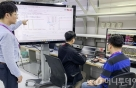 SKT, 순수 5G장비 간 통신 '성공'