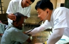 포스코건설, 방글라데시서 인하대 의료진과 봉사활동