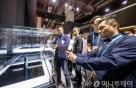 265만원 갤럭시폴드, 중국 온라인서 5분만에 매진