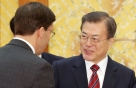 文대통령-美국방 3개월만에 재회, 그새 더 복잡해진 동맹현안