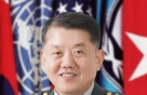 '한미동맹'의 아이콘…4성 장군 김병주 전 대장 민주당 입당