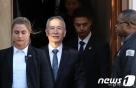 """홍콩 SCMP """"中 2년간 2000억달러 미국 상품 구매"""" 약속"""
