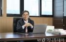 """김성한 제이앤티씨 대표 """"삼성·LG·BOE가 찾는 이유가 있죠"""""""