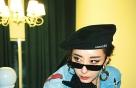 김완선, 데님+망사스타킹…더 힙해진 '복고 여신'