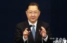 文대통령, 다시 非검찰로 회귀…김진국, 5번째 민정수석