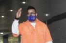 [사진] 럭키 '충성! 대한외국인 녹화를 명 받았습니다'