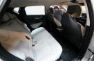 [사진]뒷좌석까지 여유로운 실내
