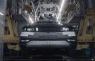아이오닉5, 사람이 아니라 로봇이 만든車였네…제조과정 유튜브 공개