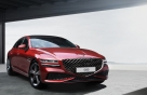 차 안은 캐나다 '붉은 절벽'처럼…'G80 스포츠' 실물 공개