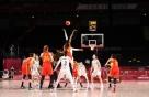 '졌잘싸' 여자 농구, 세계 3위 스페인 위협... 69-73 석패
