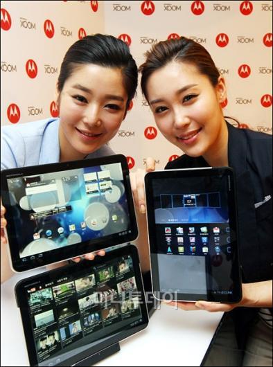 [사진]ཆ.1인치 와이드' 모토로라 태블릿 PC 줌 출시!