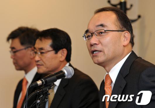 [사진]박재완 기획재정부 장관, 경제연구기관장 간담