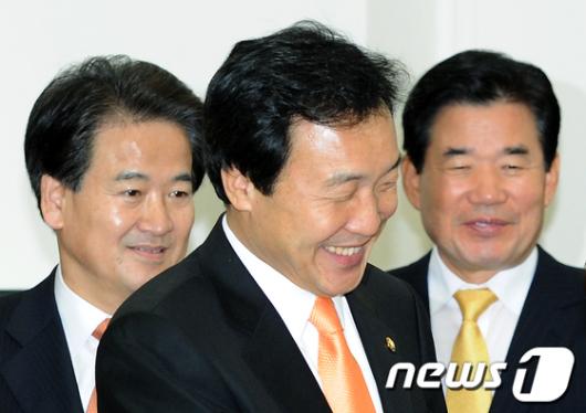 [사진]밝은 표정의 민주당 지도부
