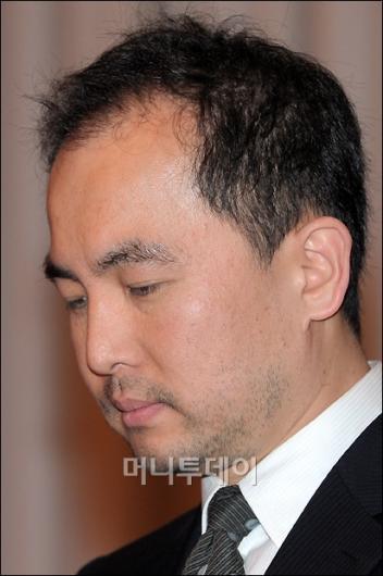 [사진]초췌한 모습의 넥슨 서민 대표이사