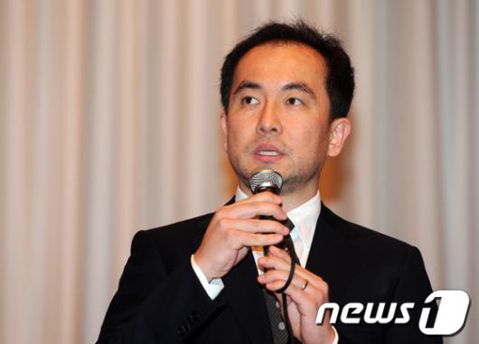 [사진]사과하는 넥슨 서민 대표