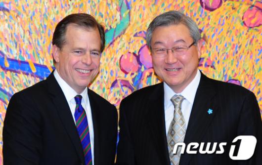 [사진]김성환장관-글린데이비스, 대북정책 논의