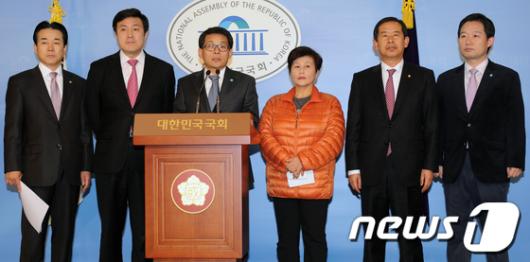[사진]'한나라당 재창당 추진'