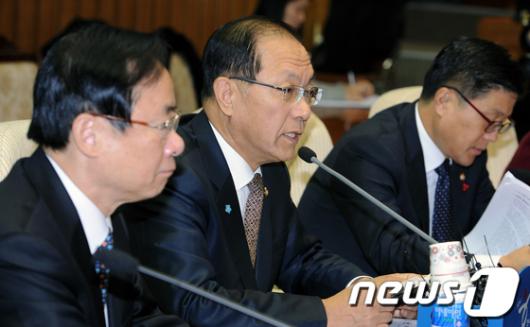 """[사진]황우여""""임시국회 국민앞에 신성"""""""