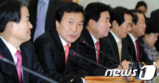 """[사진]손학규 """"한나라당의 대안이 바로 통합야당"""""""