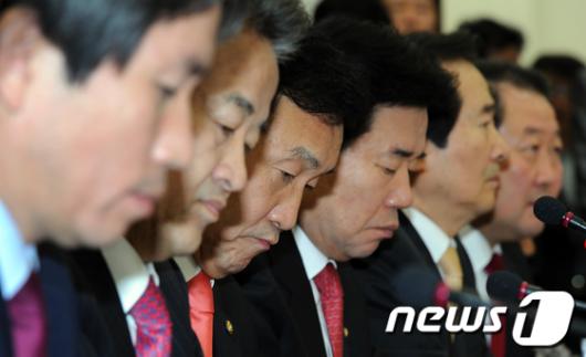 [사진]어두운 민주당 지도부,'주먹다짐까지 오가다니'