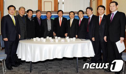 [사진]민주당-한국노총 '통합의 길'