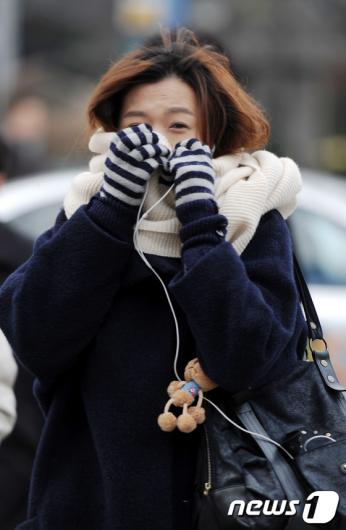 """[사진]""""아~ 너무 추워"""""""