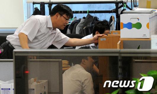 [사진]검찰, 기업어음 부당 발행 의혹…LIG건설 압수수색