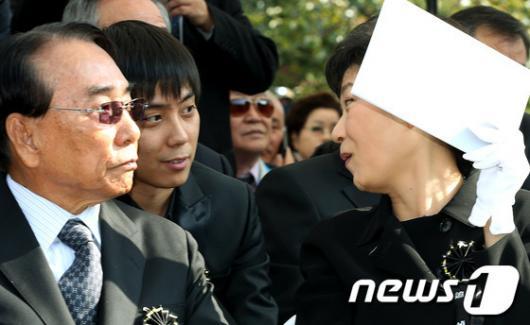 [사진]조카 은지원 만난 박근혜