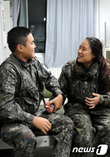 [사진]군대체험에서 남자친구 만난 곰신