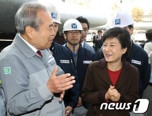 [사진]조선업계 방문한 박근혜 후보