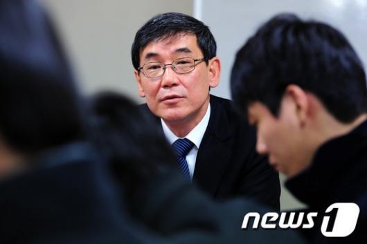 [사진]특검, '청와대와 압수수색 방법 조율 중'