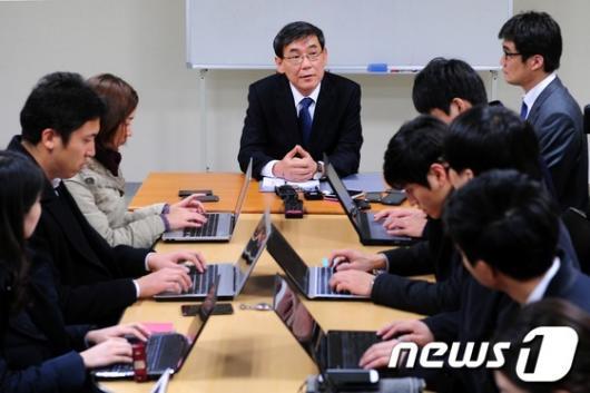 [사진]내곡동 특검, 김윤옥 여사 서면조사키로