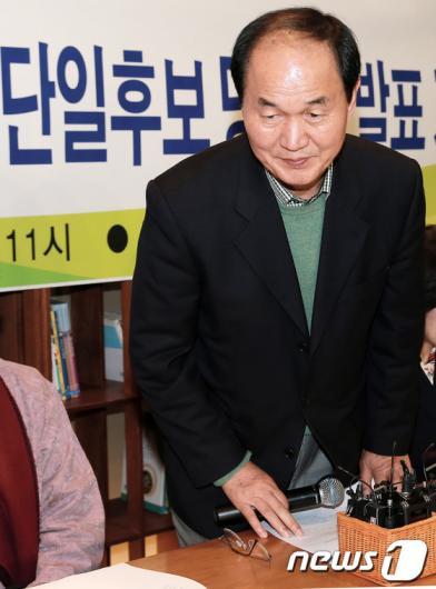 [사진]이수호, 진보진영 서울교육감 단일후보 선출