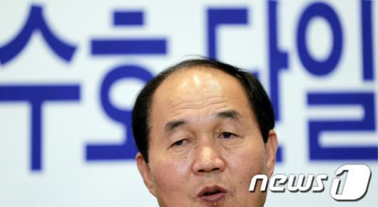 [사진]서울교육감 도전하는 이수호 후보