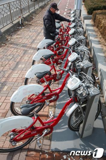 [사진]서울시, 상암·여의도 지역 공공자전거 운행재개