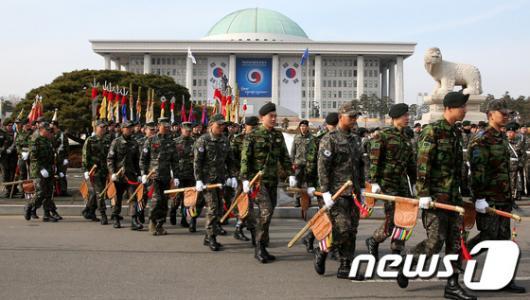 [사진]국방부 의장대, 대통령 취임식 예행연습