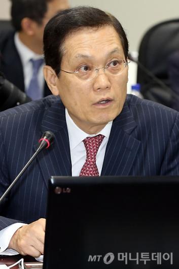 [사진]모두발언하는 남상구 위원장