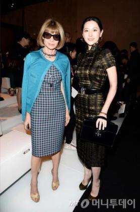 이영애, 구찌 패션쇼서 미모과시