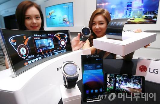 [사진]LG디스플레이, 'OLED 신기술 제품'