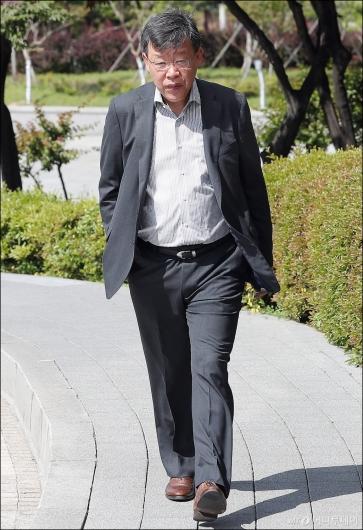 [사진]박상범 전 삼성전자서비스 대표 검찰 출석